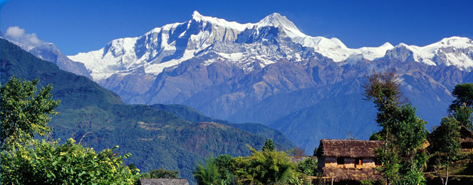 nepal-mountains-and-monasteries-tour